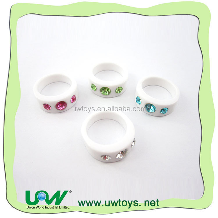 wholesale china products white plastic toy rings