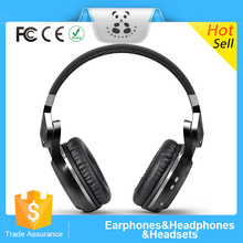 With artificial leather & memory foam comfortable wearing bluetooth headphone with microphone