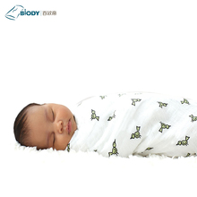 China New Born Baby Super Soft 100% Cotton Muslin Blanket Gift Set With Plush Toy