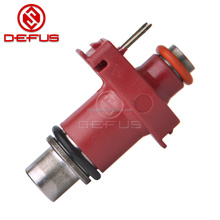 China Factory Motorcycle Injector 10 Hole 140CC 160CC 180CC 200CC Fuel Injector for Y15zr FZ150i RS150