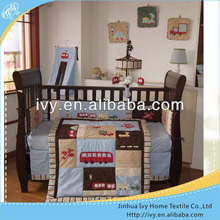 Housekeeping bed baby linen
