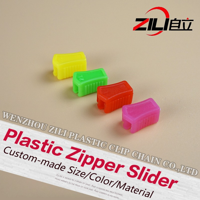 Wholesale cheap <strong>PP</strong> 12mm Reversible Plastic Zipper Slider For Clip Chain