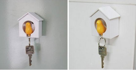 sparrow bird house keychain