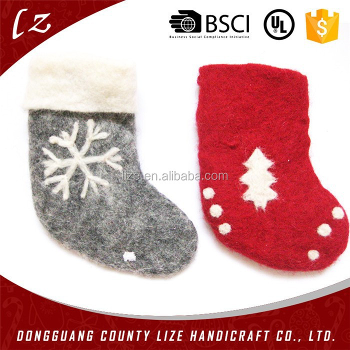 2015 hot sales new product home crafts holiday decorations felt handmade hanging wool socks christmas