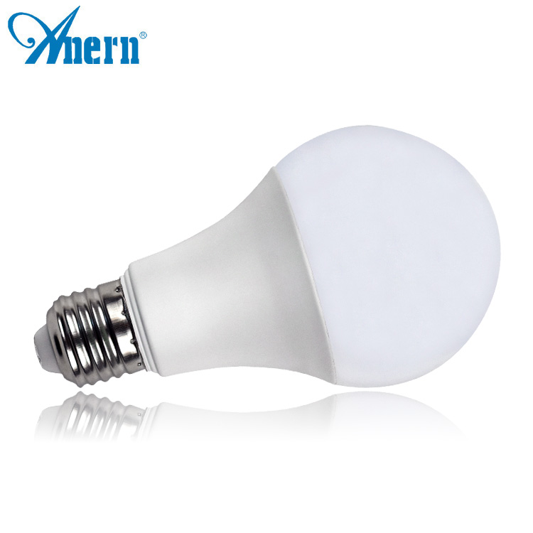 Hot sale milky PC cover 3W e27 LED globe bulb with 270 lm