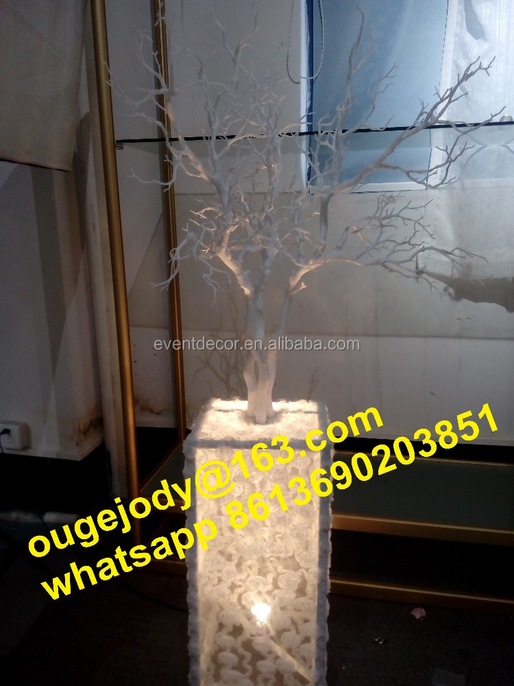 White tree branch table centerpiece/ lighting wedding decorations