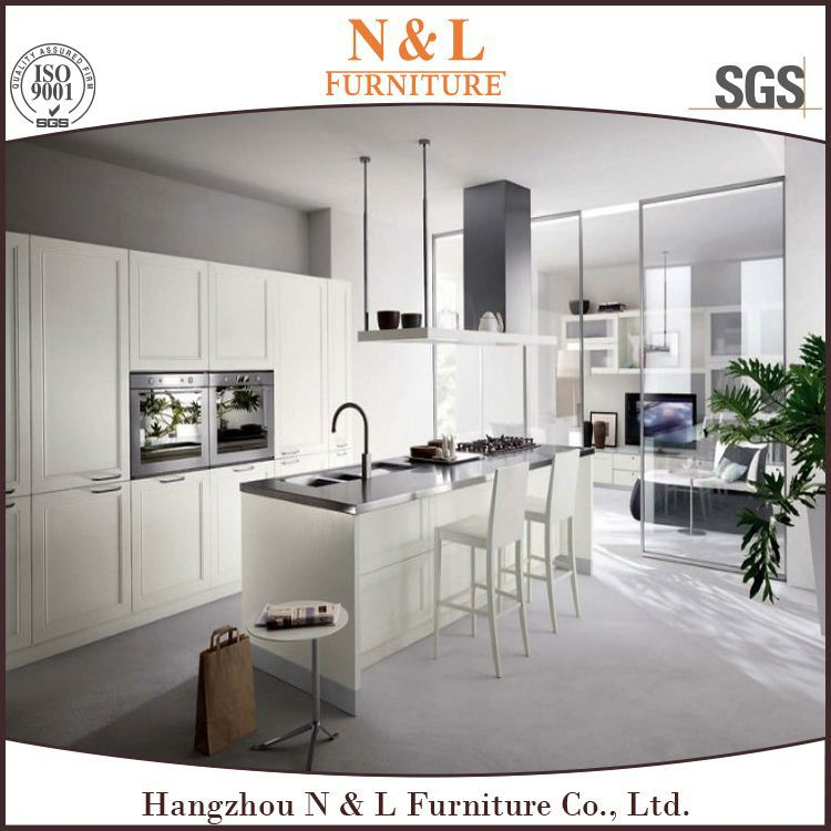 Glossy Kitchen Cabinet/Kitchen Furniture White Shaker Style Kitchen with White Quartz Countertop