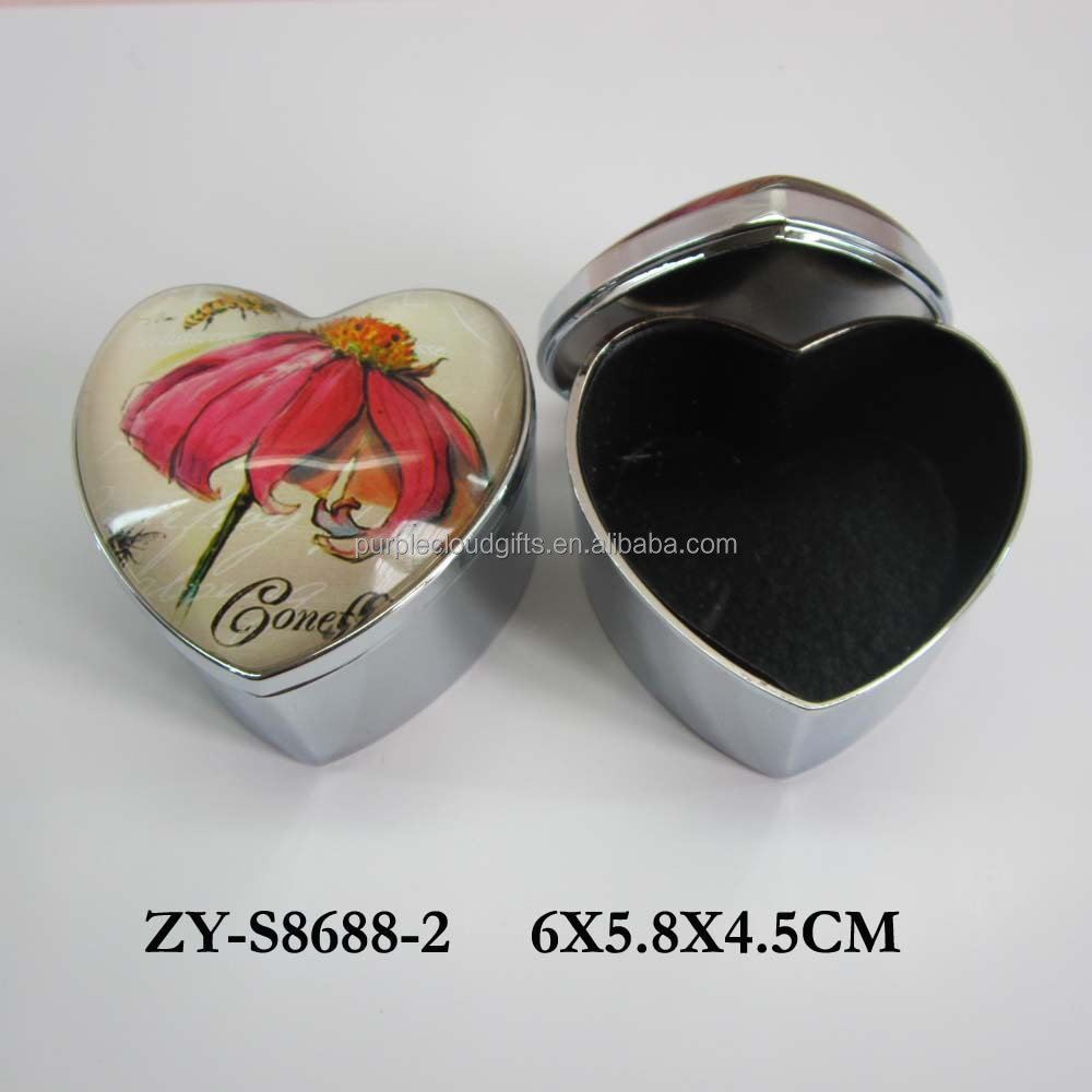 Heart shape sliver metal trinket box, glass jewelry box