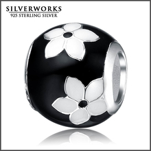 Wholesale 925 Sterling Silver Black and White Flower Enamel Bead Fit DIY Snake Bracelet