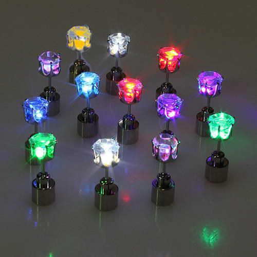 2017 fashion charm colorful light up bulb Flashing earring creative LED luminous stud earring