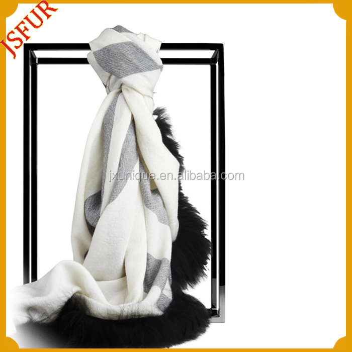 2014 new products on china wholesale from jiaxing fox fur trimmed cashmere scarf