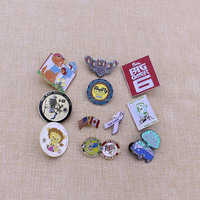 Souvenir gifts supplier promotion metal pin uae badge