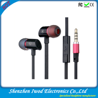 free sample earbud custom made flat cable earphone with mic for new iphone