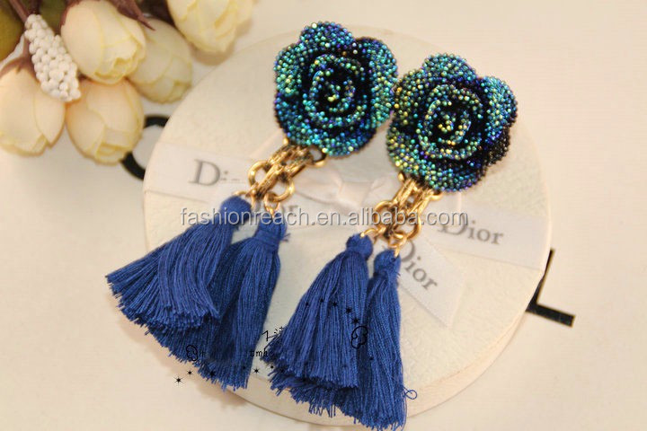 Rose flowers fringed woolen tassels vintage fashion earrings