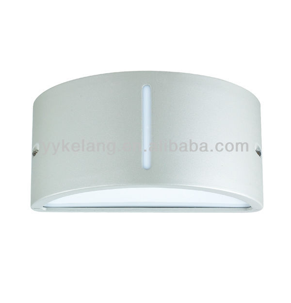 New design Aluminum outdoor bulkhead light