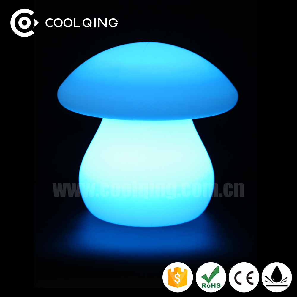 2017 Fancy battery powered rechargeable led table lamps mushroom shaped deroctative lamps