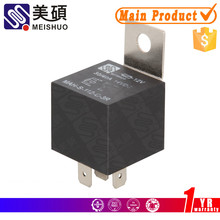 automotive relay socket with diode