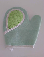 Cellulose bath cleaning thumb glove