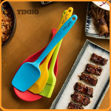 Silicone Kitchen Utensil With Spoon Spatula, Spatula, Basting Brush and Spoon Rest
