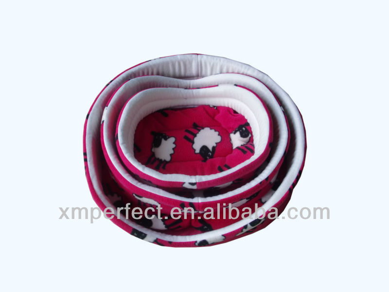 Fashion Beautiful Red Pattern Polar Fleece Pet Bed For Dog
