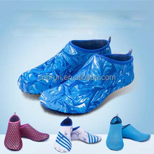 Different design Comfortable Aqua Water Beach Shoes Yoga Fitness Running Swimming Shoes