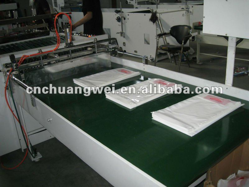 Inside glue patch handle bag machine