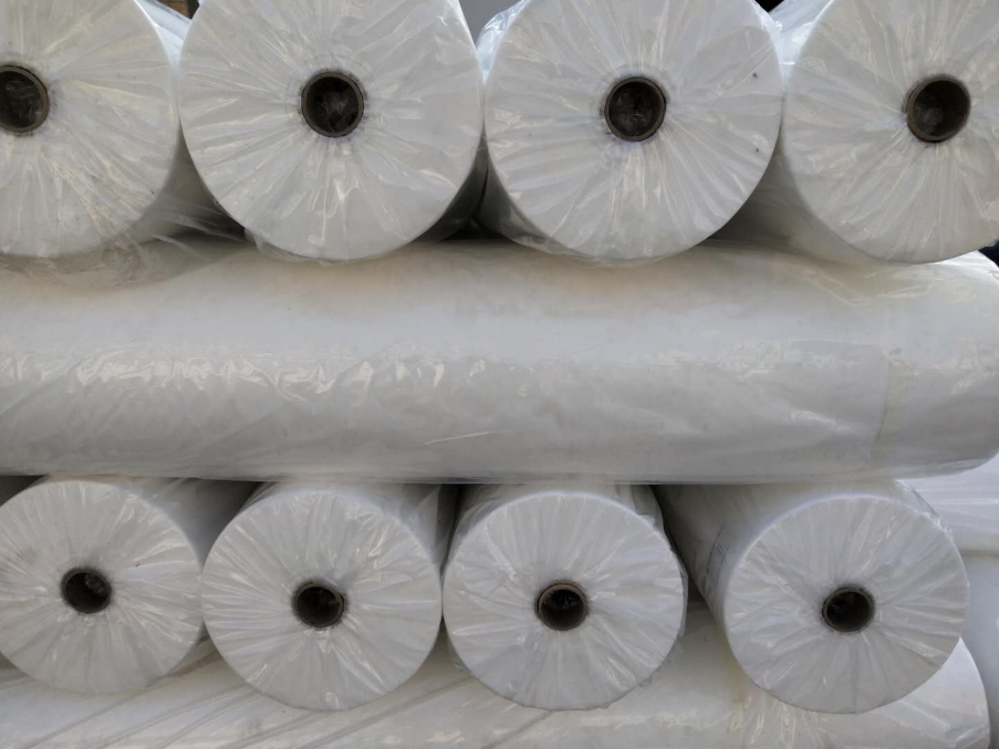 PP Non Woven Fabric In Roll For Bag Making Disposable Polypropylene Nonwovens Fabrics Virgin Material