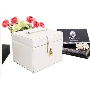 Luxury top grade white leather jewelry display case for lady