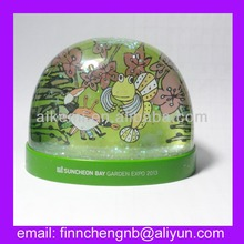 High Quality premium gifts custom made logo Plastic water ball plastic sheets and picture insert water ball with glitter