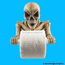 Evil Skeleton Decorative Toilet Paper Holder in Scary Halloween Decorations