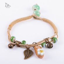 Gorgeous simple handmade flower pattern elegant national wind ceramic jewelry bead bracelet