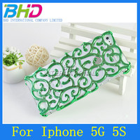 Perforated Snap Case Hollow Carved Palace Flower Case for Iphone 5