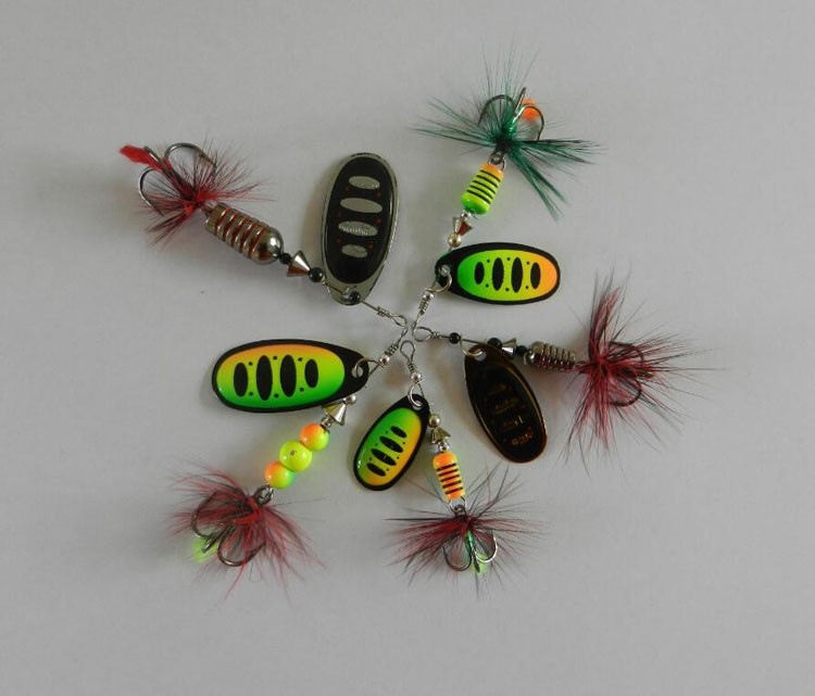 Free Samples !!! 10 Colors Multi Sizes Copper Material Fishing Spinner Blades