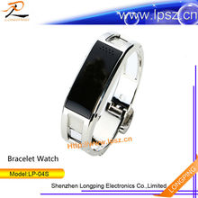 2014 fashion factory model stainless steel bracelet phone