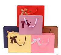 Wholesale Beautiful Design New Luxury Fashion Promotional Gift Paper Bag