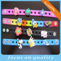 high quality customized rubber band 3d 2d lucy charm rubber silicone bracelet
