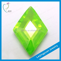 2015 Hot Sale Green Synthetic Rhombus Uncut Cubic Zirconia Rough Diamond