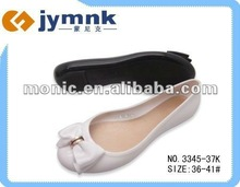 2013 popular design pvc crystal ladies sandals