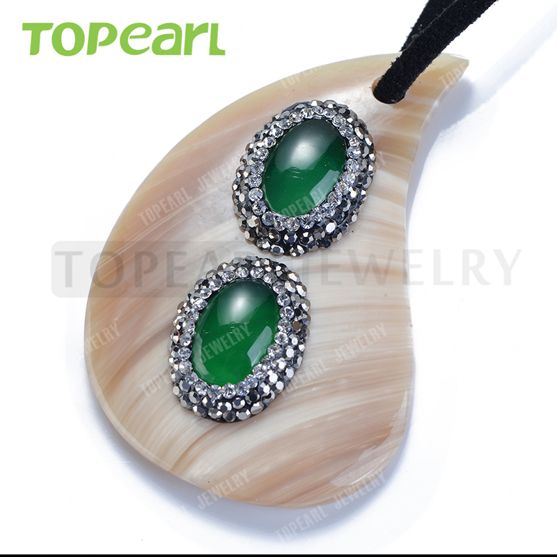 Topearl Jewelry White Shell Pendant Rhinestones Clay Pave Green Agate Stone Pendant Designs for Women SPD07