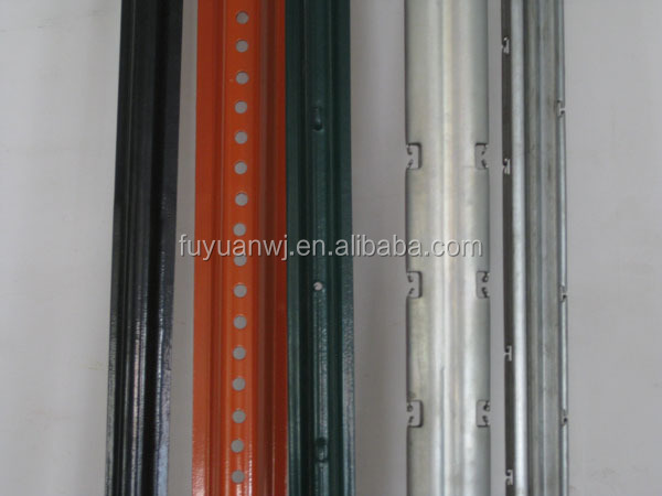 Agricultural stakes for vineyard/Cheap galvanized metal poles for vineyard