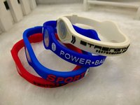 Cheap Rubber silicone bracelets with debossed logo Factory audit