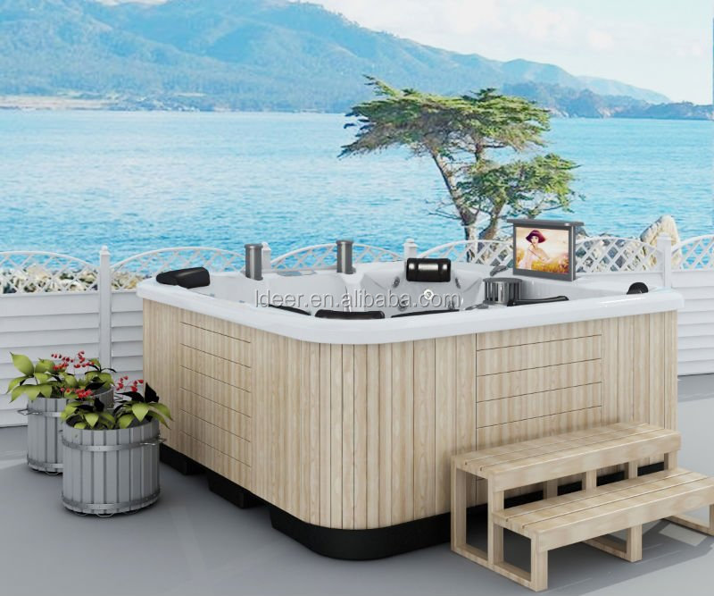 modern luxurious outdoor spa/hot tub/bathtub with massage for home and hotel