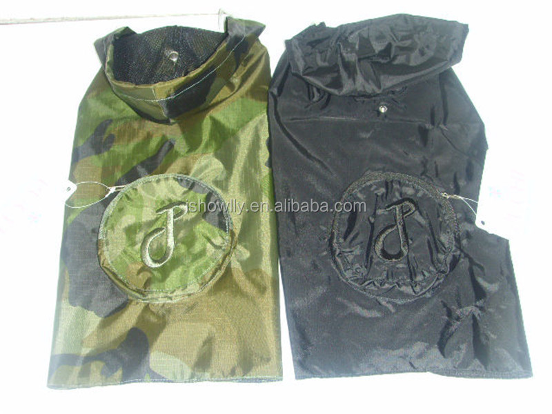 Foldable Pet raincoat with waterproof polyester fabric black color