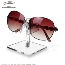 Weitu sunglasses rack holder glasses rotated solar display stand wholesale high quality glasses display
