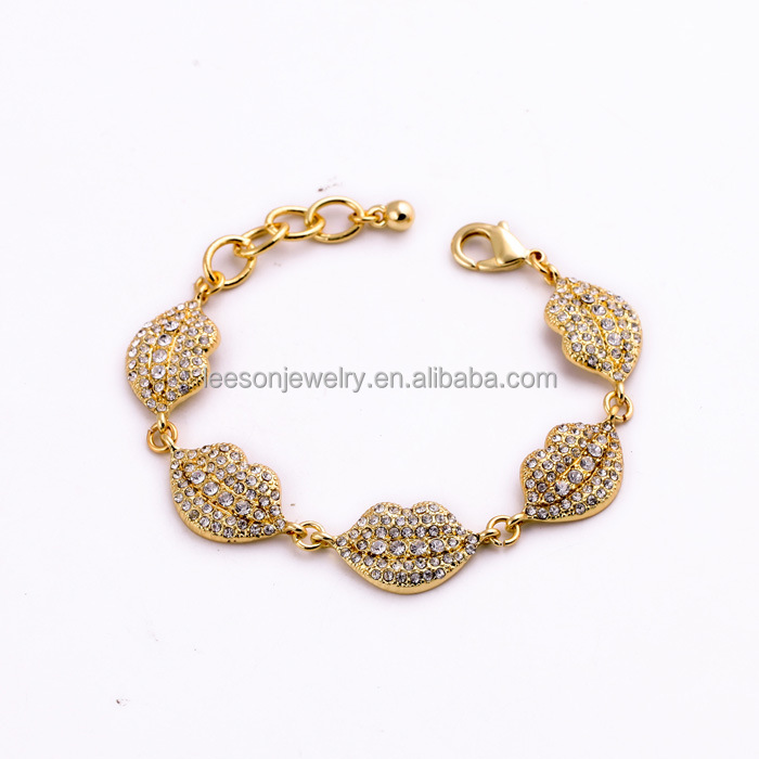 Fashion AlloyJewelry Latest Crystal Gems Romantic Lip Shape Charm Gold Color Chain Bracelet For Women With Metal Buckle