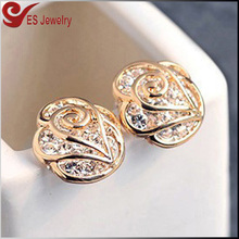 Latest Gold Earring Designs Rose Gold Charm Earring with Big CZ Diamond Inlaid