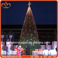 Shopping center outdoor wire lighted christmas tree