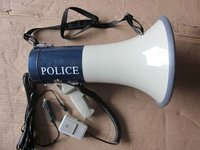 Expert Megaphone for police system +6M Cable +Car cigarette +EXT Mic 50W max