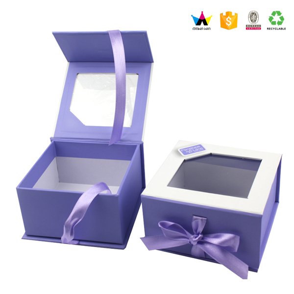 Luxury fancy magnetic paper box with clear window for gifts
