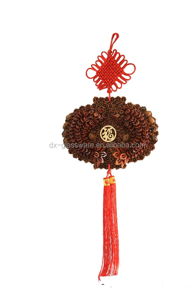 2017new designed handmade Chinese knot Shaped wodden art and craft in China traditional art